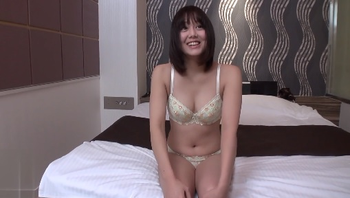 20-year-old Japan beauty with shy eyes