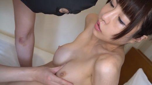 22 year old Japan female garment worker has a slim body (黒人 jav)