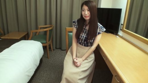 An Amateur Japan Girl Who Scatters Provocative Pheromones