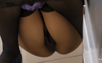 Hidden cam hairy and sexy China pussy