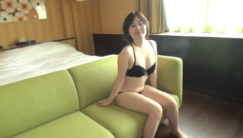 Japan Girl will masturbate for you to see