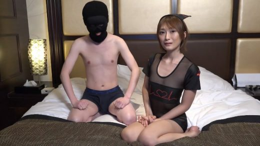 Japan lewd sister grinned while looking at her big cock
