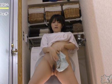 Japan short hair girl addicted to masturbate when alone at home