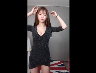 Slender Korean girl and big breasts