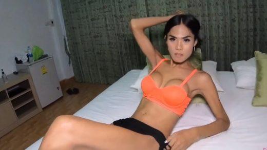 Thailand Ladyboy Pretty In Orange Bareback