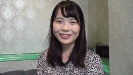 The first shot of a Japan beautiful 20-year-old girl - JAV cuckold