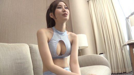 Japan supermodel makes love at the station - 6000Kbps FHD