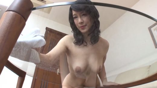 Naked Japan Housewife's Lewd Private Life