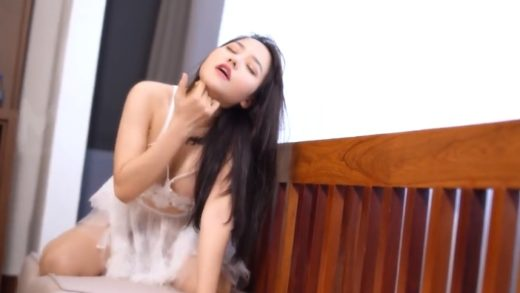Vietnamese actress plays erotic movies in China