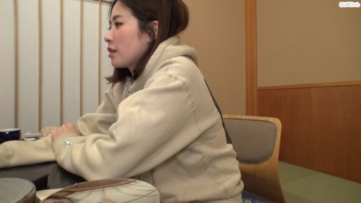 Beautiful Japanese model fucked at hot springs