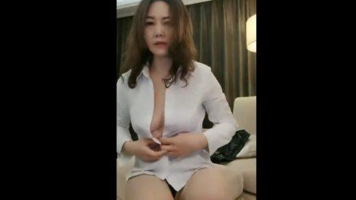Hongkong girl Beautiful breasts fuck everyday