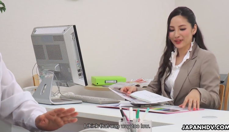 New Office Japan Lady shows her pussy to her boss and then sucks his cock