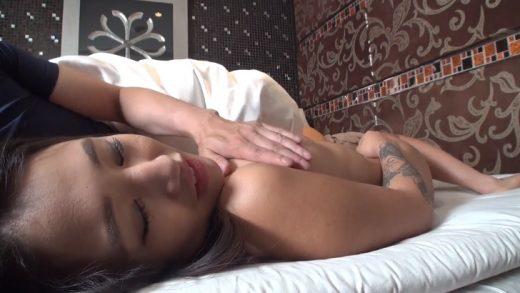 2 consecutive ejaculation with cute Japanese girl
