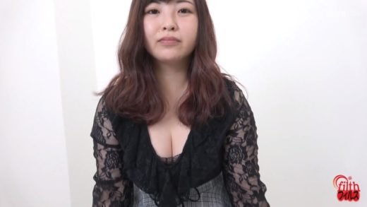 secretly filming Japanese girl defecating and urinating