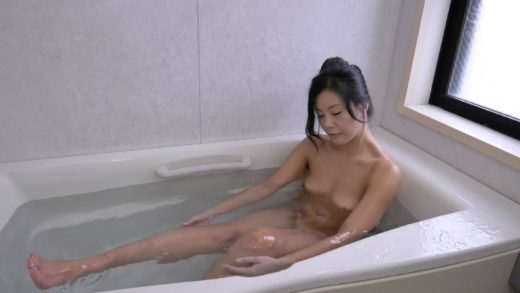 6000Kbps FHD Japanese mother-in-law has a strong sexual desire