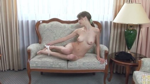 Beata Undine ベアタ - Time For A Wash of US Teen Girl