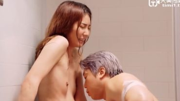 SEx with Beautiful Chinese Small Tits