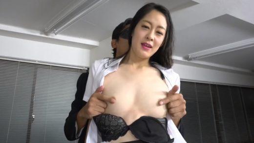 Eri Saeki 佐伯エリ - Japanese Girl Pull My Panties To The Side